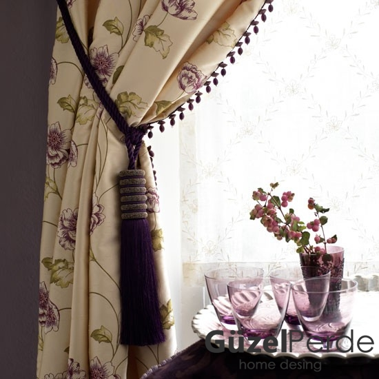 patterned-curtain